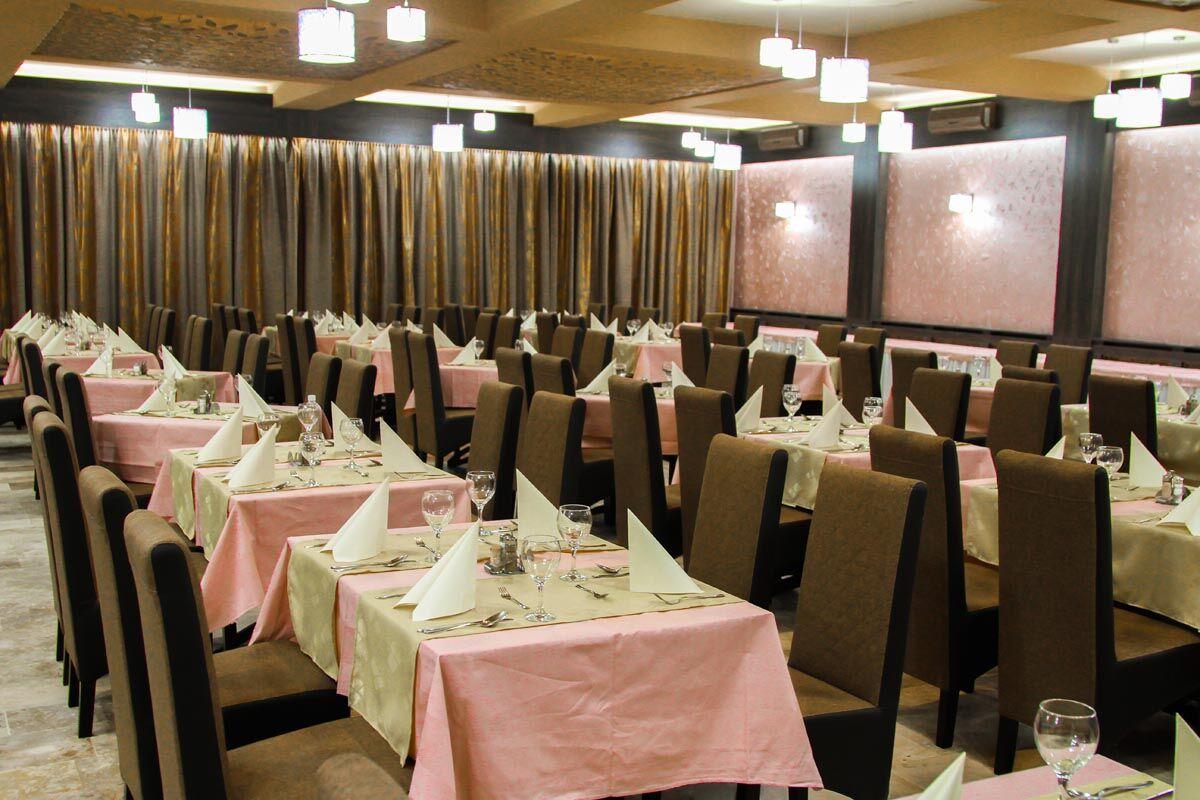 Gyula Park Hotel étterem LED  világítás Philips Hue rendszerrel